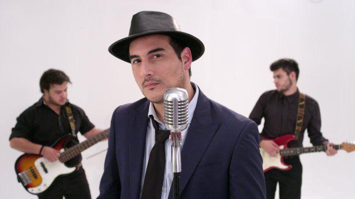 El autor de Soy de mi Tierra entablará demanda por el plagio de la melodía de la canción.