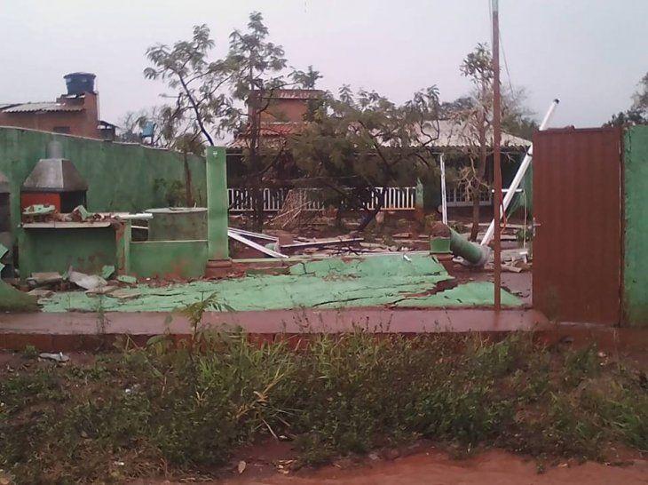 Temporal de ayer dejó 10 casas destechadas
