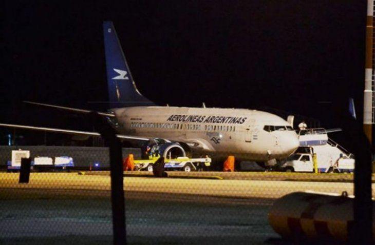 La empresa envió otro avión para trasladar a los pasajeros.