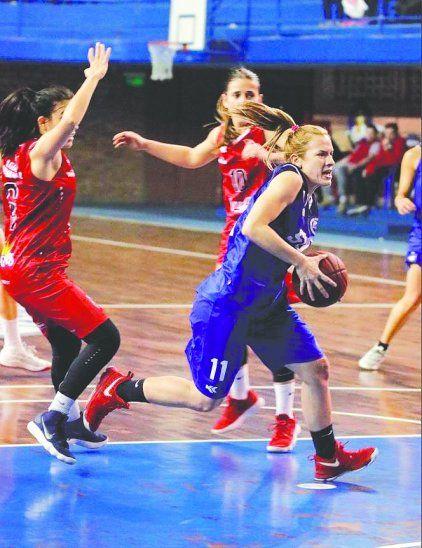Cáraves es una leyenda del básquet local.