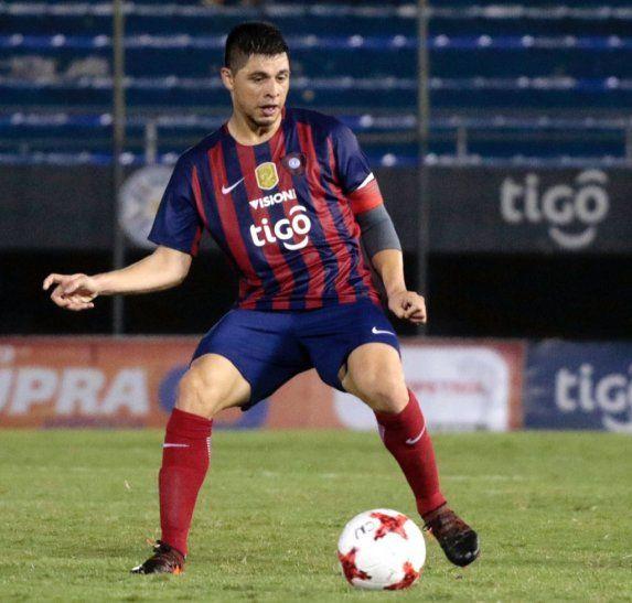 Rodrigo Rojas deberá ser el eje del mediocampo azulgrana hoy.
