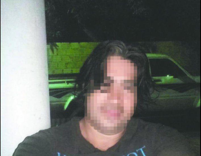 Mujer fue denunciada por vivir con sus dos concubinos