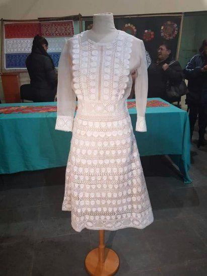 Vestido de la Primera Dama se exhibe en Itauguá
