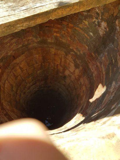 Menor de 4 años cayó a un pozo con agua