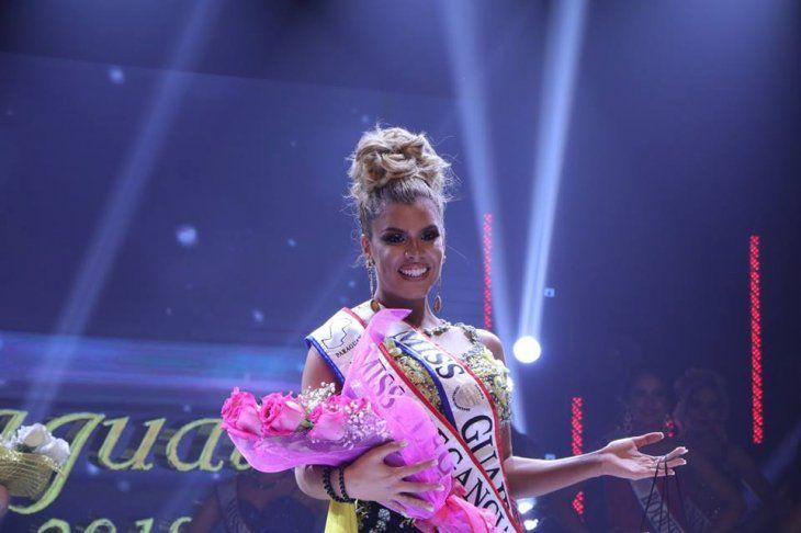 Miss Elegancia dice que Guillermo Rolón vendió la corona