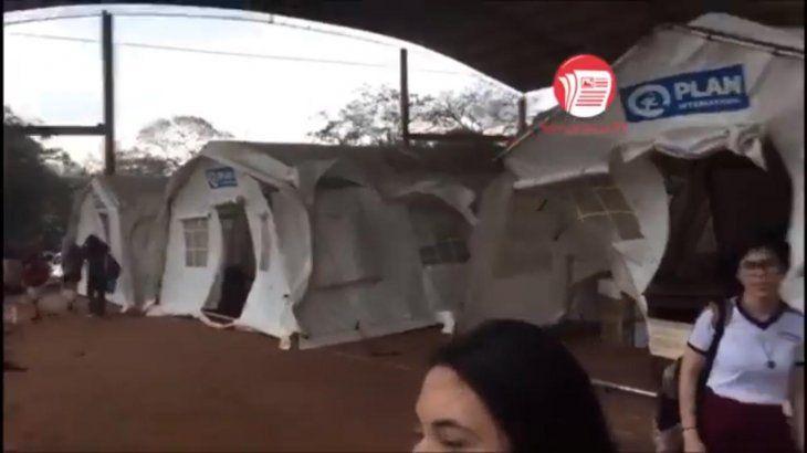 Los afectados filmaron cuando el viento sacudió con fuerzas las aulas (captura de video: San Lorenzo PY).