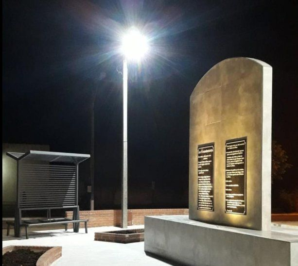 El primer monumento a la biblia construido en Itapúa no estuvo completo ya que no se colocó la pantalla led