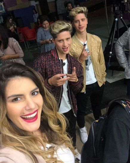 Amparo Velázquez fue piropeada por youtubers