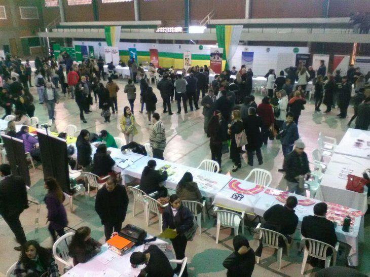 500 trabajos ofrecen este jueves en Asu