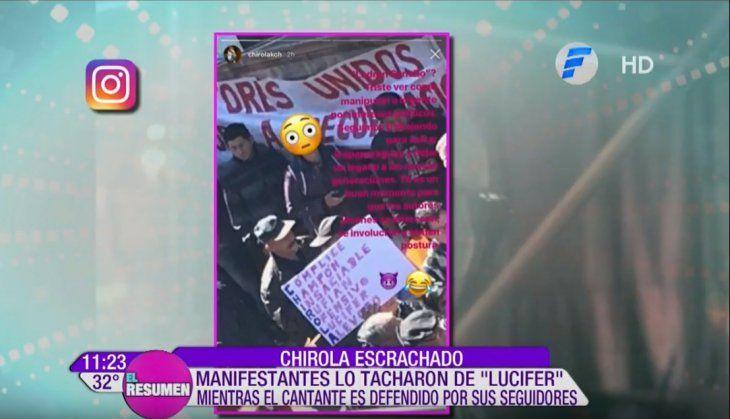 Chirola fue escrachado con pintorescos carteles.