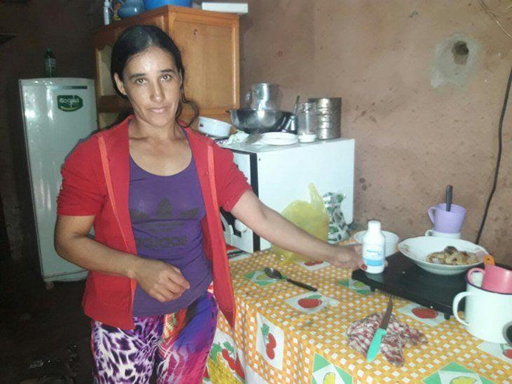 Doña acusó a su marido de envenenar su caldo de gallo