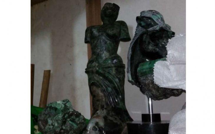 Banco paralelo de Messer, en fraude con piedras preciosas