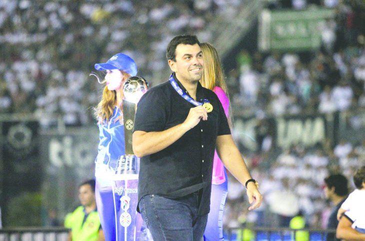 No hay tu tía. Marco Trovato aclaró que Olimpia hoy es un ejemplo de club tanto a nivel local como internacional. Avisó a los hinchas que van por el torneo Clausura y la Copa Paraguay.