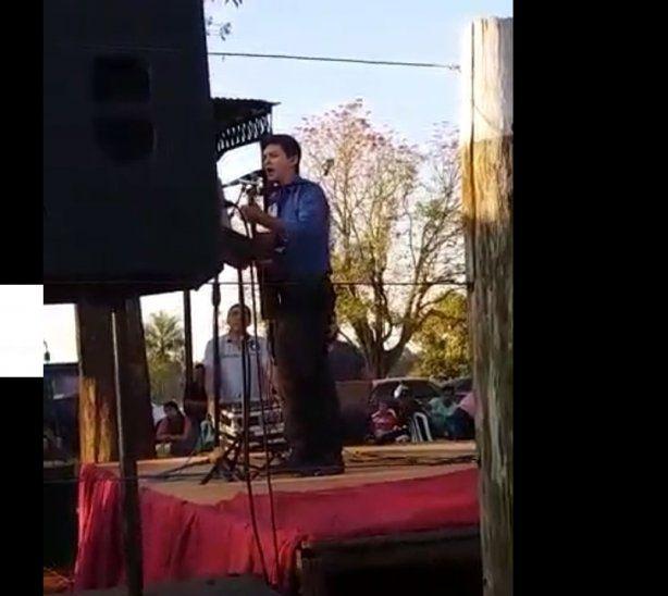 La canción fue compuesta para un narcotraficante mexicano.