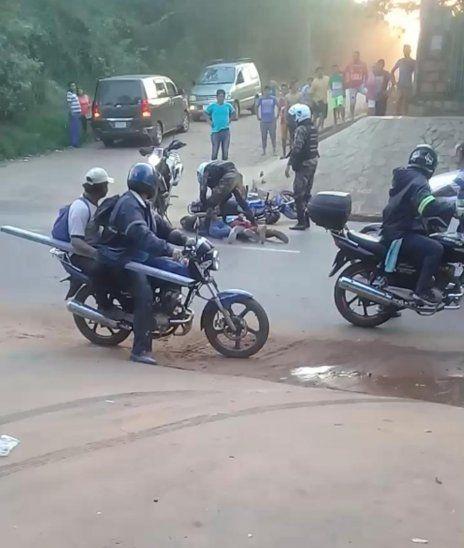 Linces atraparon a dos motochorros en Limpio