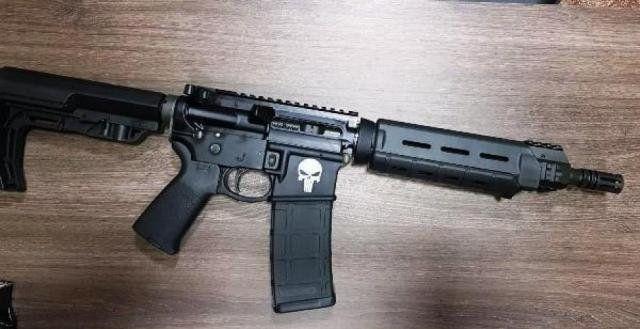 El detenido transportaba el arma en su moto en las calles de Pedro Juan.