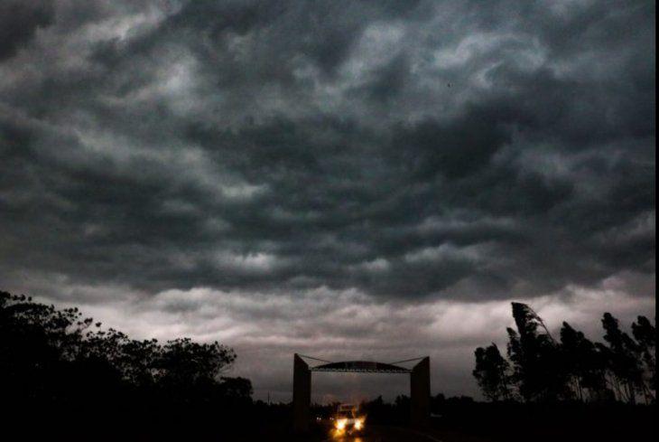 Anuncian tormentas y clima fresco para esta semana