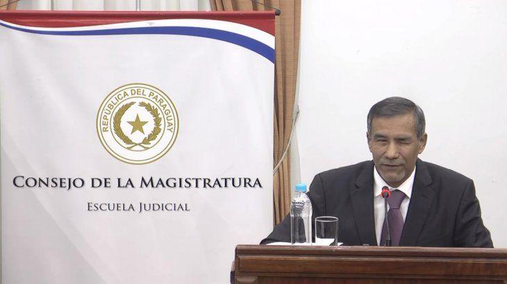 Los senadores de las distintas bancadas apoyaron a Manuel Rampirez Candia.