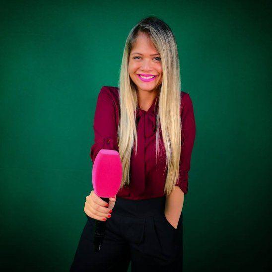 Fátima Fernández farreó y perdió su tarjeta de débito