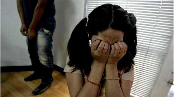 Abuelo abusó de su nieta de 13 años y la embarazó