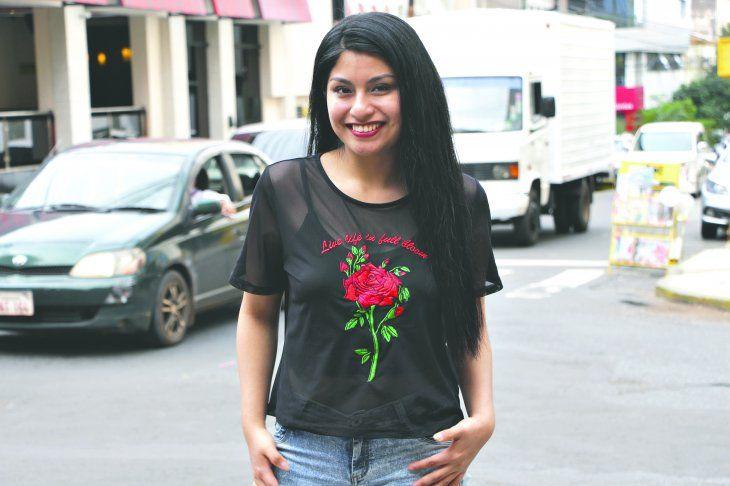 La cantante muy feliz por conocer Paraguay.