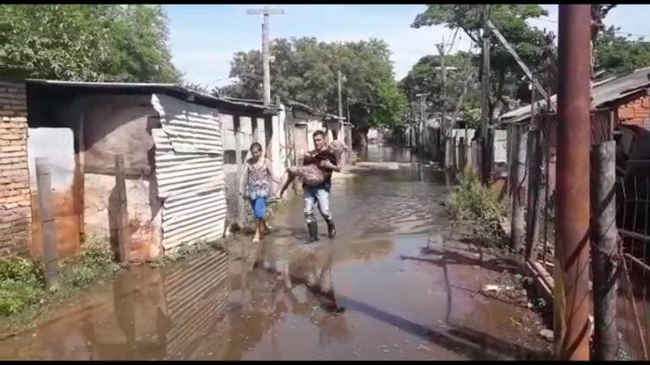 La evacuación ya comenzó en la Chacarita