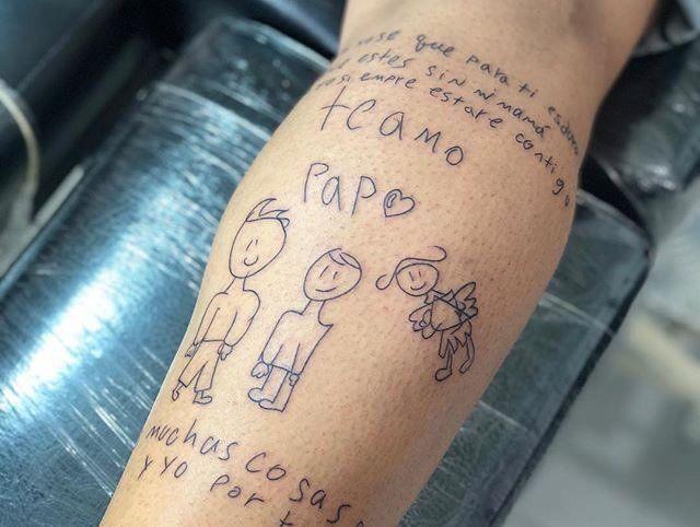 Jugador viudo se tatuó la cartita de su hijo