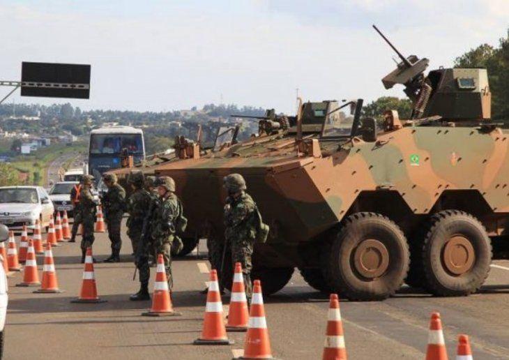 Fuertes controles realizan en la frontera con Paraguay.