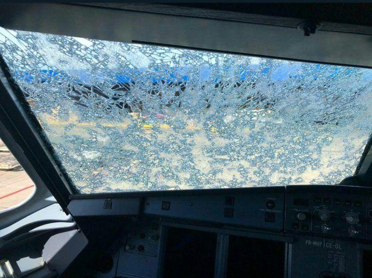 Así quedó el avión que casi cayó cerca de Encarnación durante la tormenta