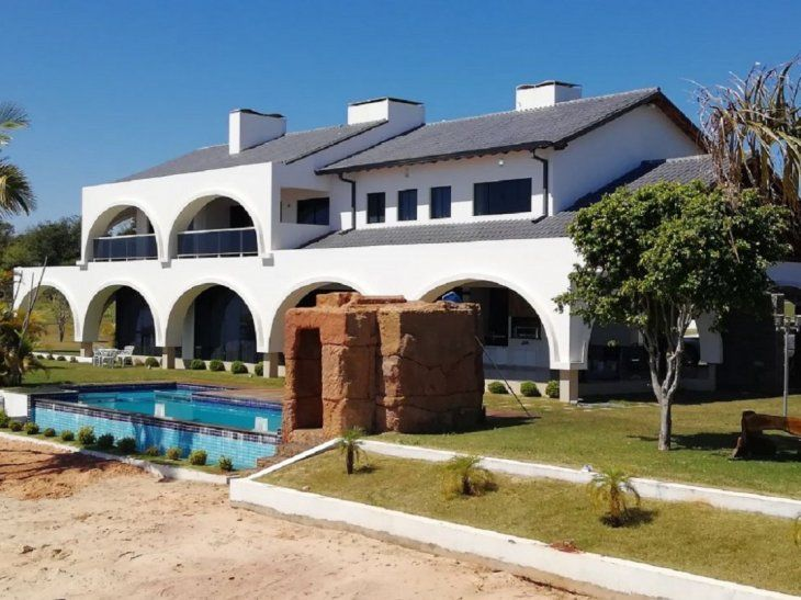 La estancia se encuentra en la compañía Tacuaró de Juan E. O´Leary