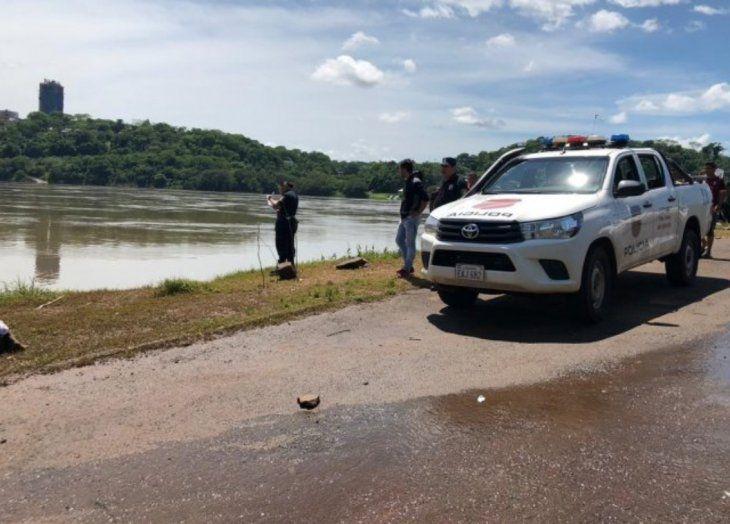 La víctima entró al agua para sacarse una foto y un remolino se la llevó.