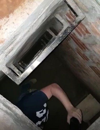 El detenido construyó una piecita preparada para albergar a una persona.