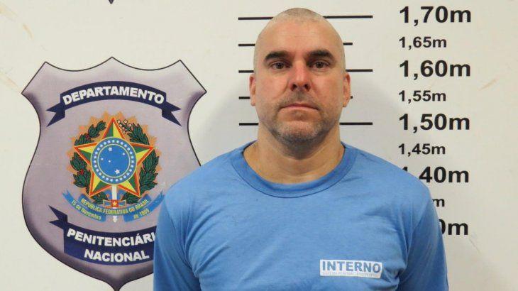 Así luce Marcelo Pinheiro.