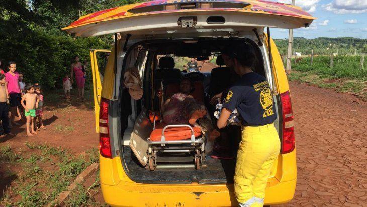Los bomberos voluntarios no dudaron para ayudar a la embarazada