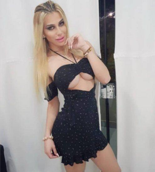 Arturo Grau invitó a su yate a una modelo trans