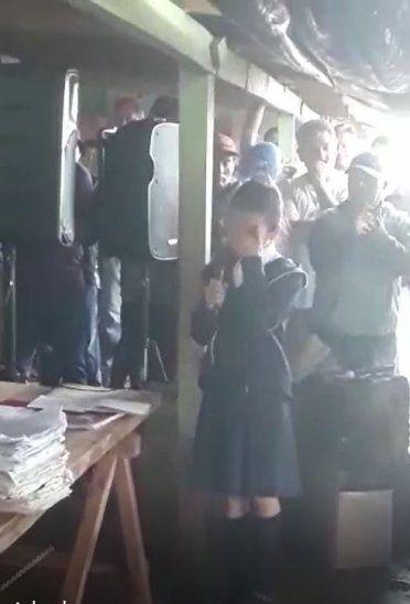 La pequeña conmovió a todos los presentes.