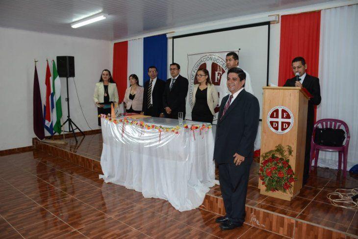 Acto de graduación. El director del Instituto de Formación Docente Diocesano dio su discurso a los nuevos docentes egresados