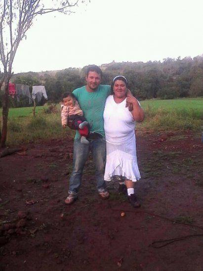 Joven buscó a su mamá y se reencontrará con ella después de 21 años
