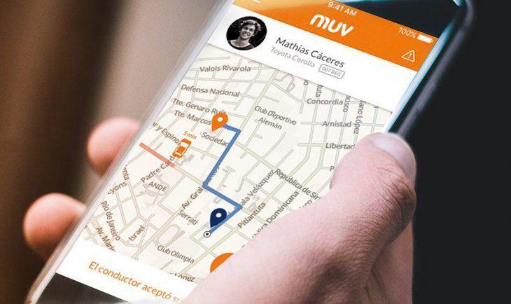 Muv es una empresa paraguaya que funciona como Uber. Mediante una aplicación se pide el móvil.
