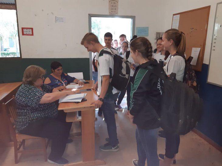 El MEC insta a denunciar si hay colegios públicos que cobran inscripción.