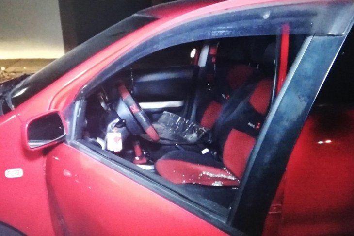 Así dejaron el vehículo los delincuentes