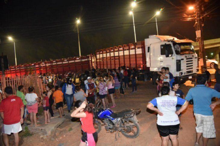 El conductor del camión fue sometido a la prueba del alcotest