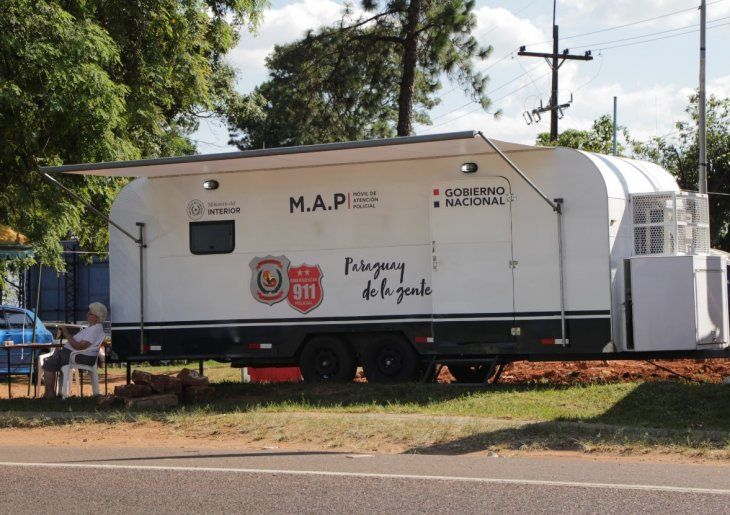 Una de las comisarías móviles está en el km 48