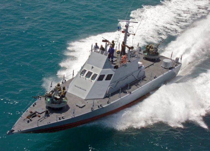 LANCHA. Una de las embarcaciones de artillería israelí que Argentina adquirió.