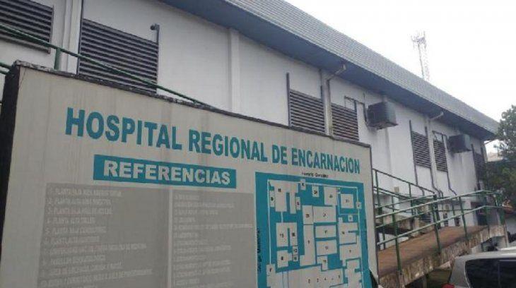 La víctima fue auxiliada hasta el hospital Regional donde permanece internada.
