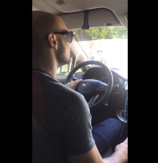 Santula compartió el video de su primer viaje con UBER en Twitter.