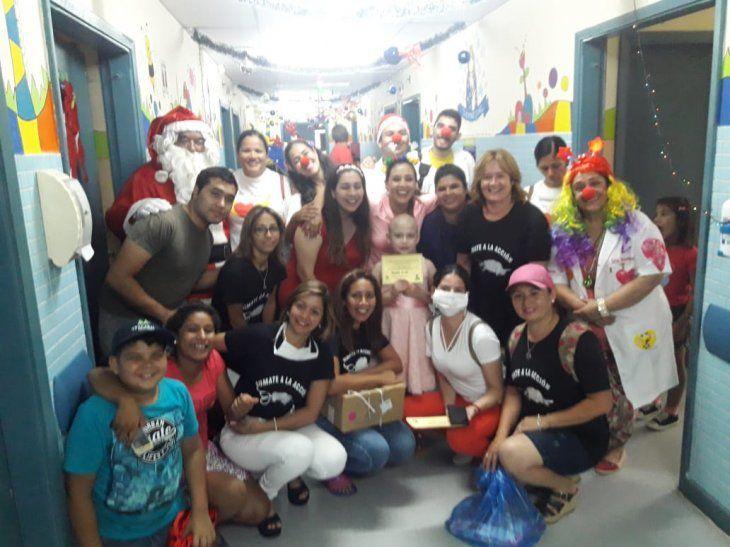 Papá Noel llevó regalos a niños internados en IPS