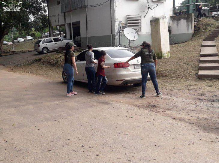 La madre y su hijo fueron entregados a las autoridades argentinas