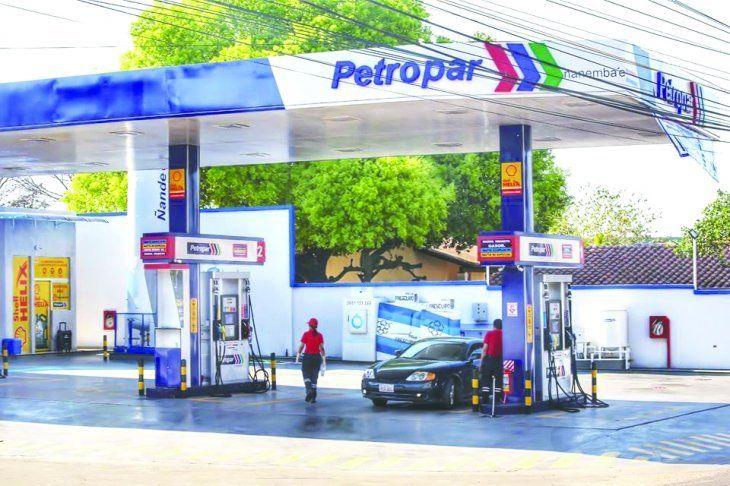 Petropar baja precios de combustibles