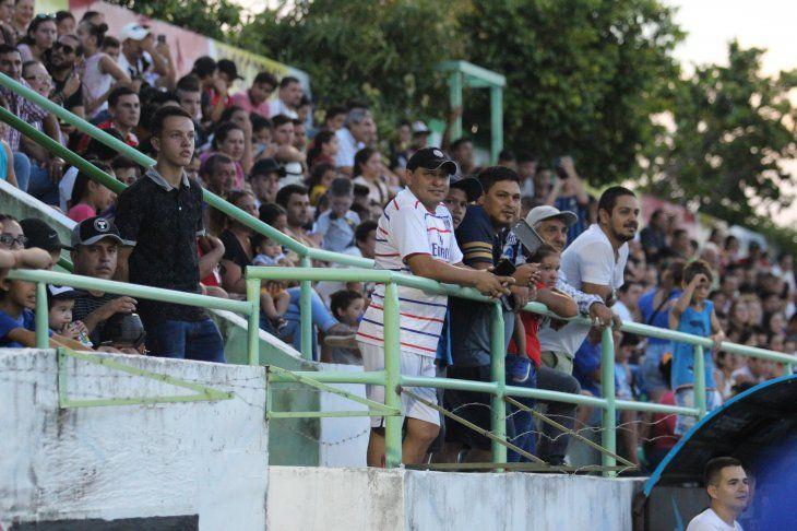 Miguel Almirón y Santiago Salcedo fueron los elegidos de la afición